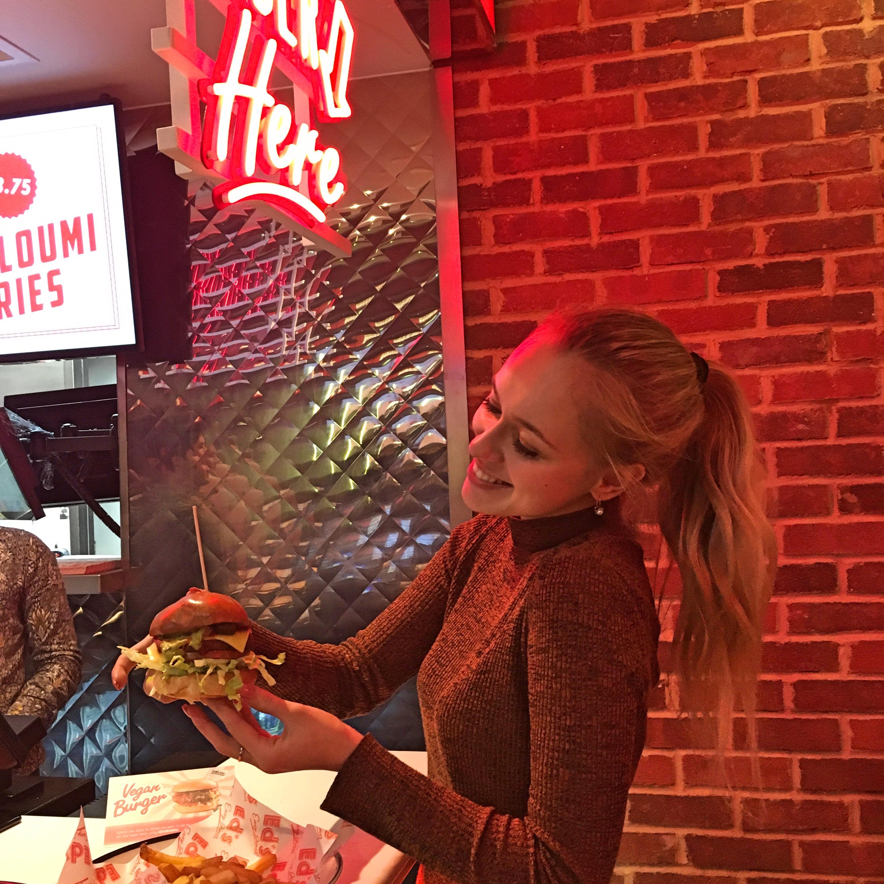 Ed's Easy Diner x2
